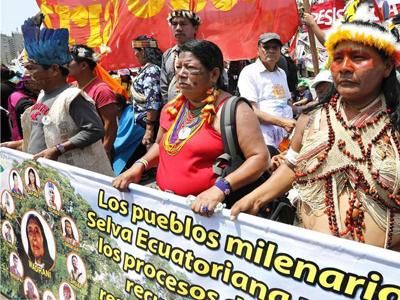 利马大会场外数千人游行抗议气候暖化