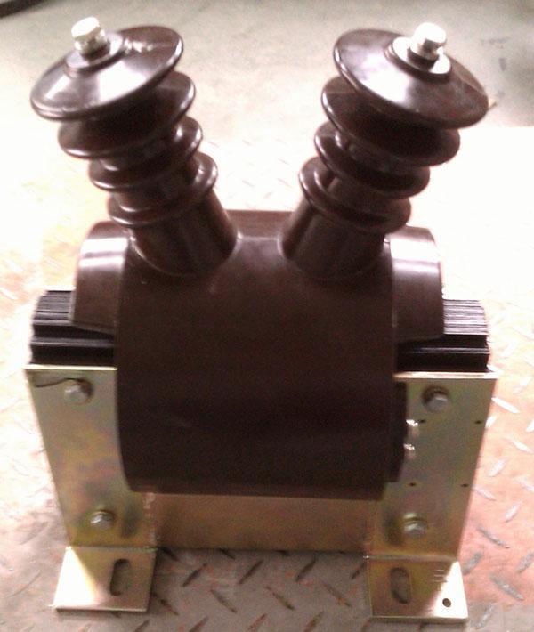 单相电压互感器