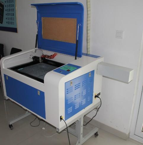 4060橡胶激光雕刻机橡胶激光雕刻机